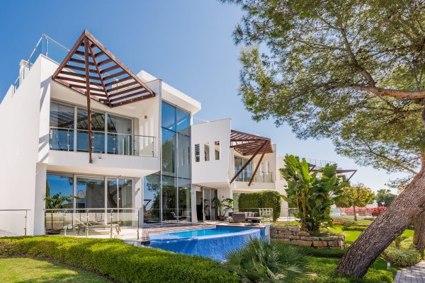 Outstanding villa in Sierra Blanca, Marbella