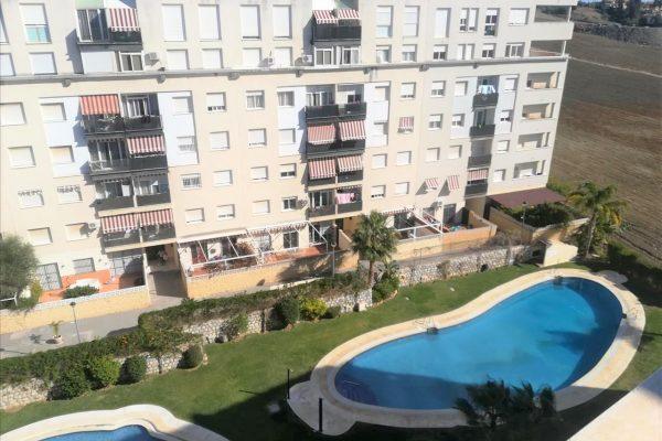 Se vende piso de 4 dormitorios en Nueva Andalucia – For sale 4  bedroom flat in Nueva Andalucia